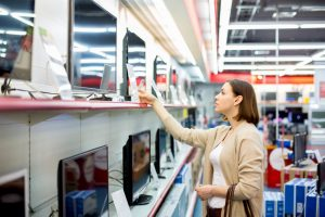 Ohio consumers should be cautious about charging large items or multiple items to deferred interest credit cards. The rules can be confusing.